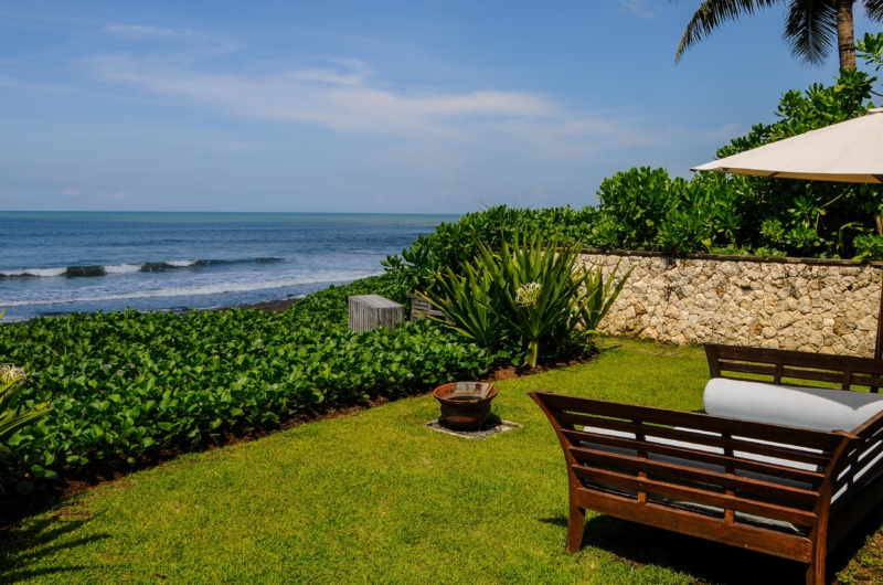 Beachfront - Villa Pantai Lima Estate - Canggu, Bali