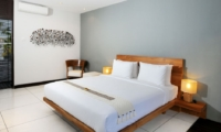 Bedroom with Table Lamps - Villa Paya Paya - Seminyak, Bali