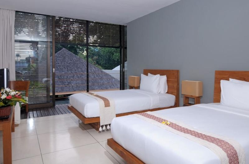 Twin Bedroom with View - Villa Paya Paya - Seminyak, Bali