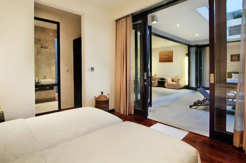 Twin Bedroom with View - Villa Portsea - Seminyak, Bali
