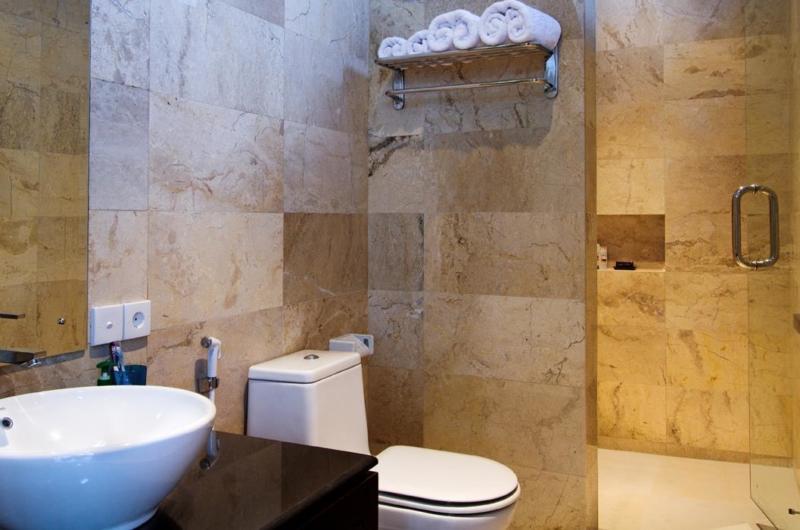 Bathroom - Villa Portsea - Seminyak, Bali
