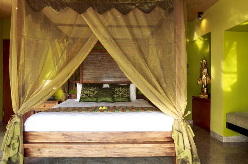 Four Poster Bed - Villa Pushpapuri - Sanur, Bali