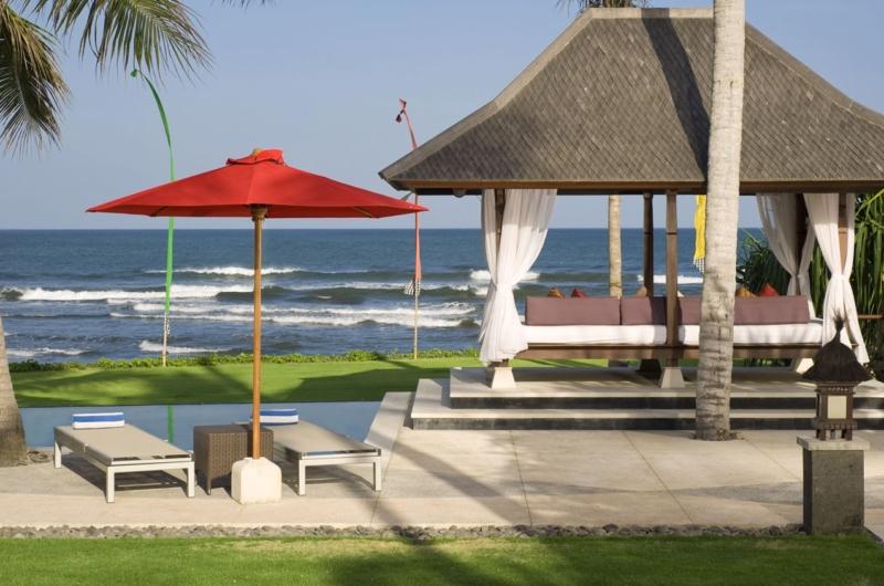 Pool with Sea View - Villa Pushpapuri - Sanur, Bali
