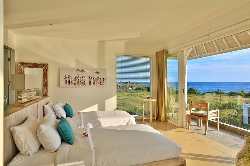 Twin Bedroom with Sea View - Villa Putih - Nusa Lembongan, Bali