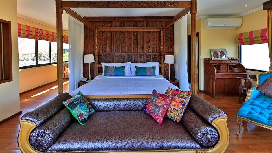 Four Poster Bed - Villa Pyaar - Seminyak, Bali