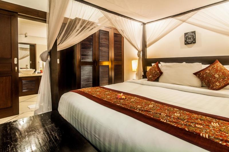 King Size Bed - Villa Rama - Seminyak, Bali