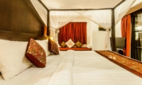 Bedroom with Seating Area and TV - Villa Rama - Seminyak, Bali