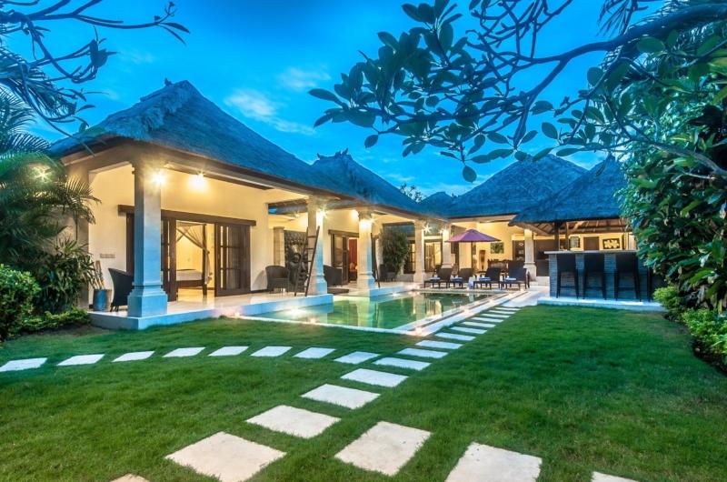 Lawns - Villa Rama - Seminyak, Bali