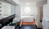 En-Suite Bathroom with Mirror - Villa Ramadewa - Seminyak, Bali