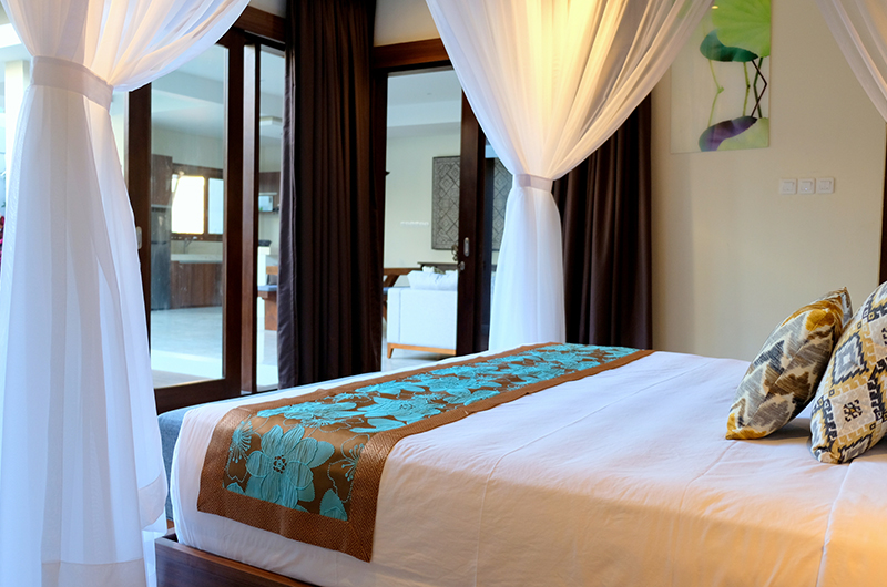 Four Poster Bed with View - Villa Sally - Canggu, Bali