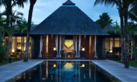 Night View - Villa Samuan - Seminyak, Bali