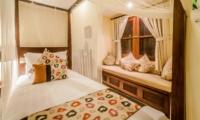 Bed with Seating Area - Villa Santai - Seminyak, Bali