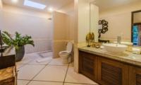 En-Suite Bathroom with Shower - Villa Santai - Seminyak, Bali