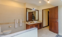 Bathroom with Mirror - Villa Santi - Seminyak, Bali