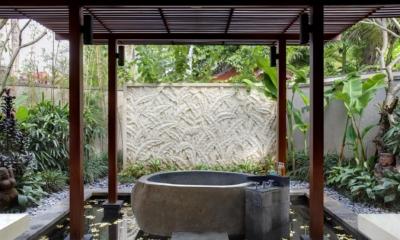 Open Plan Bathtub - Villa Sati - Canggu, Bali