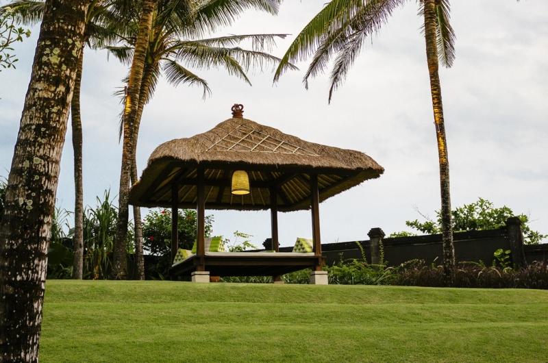 Pool Bale - Villa Semarapura - Seseh, Bali