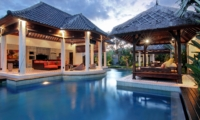 Pool Bale - Villa Sesari - Seminyak, Bali