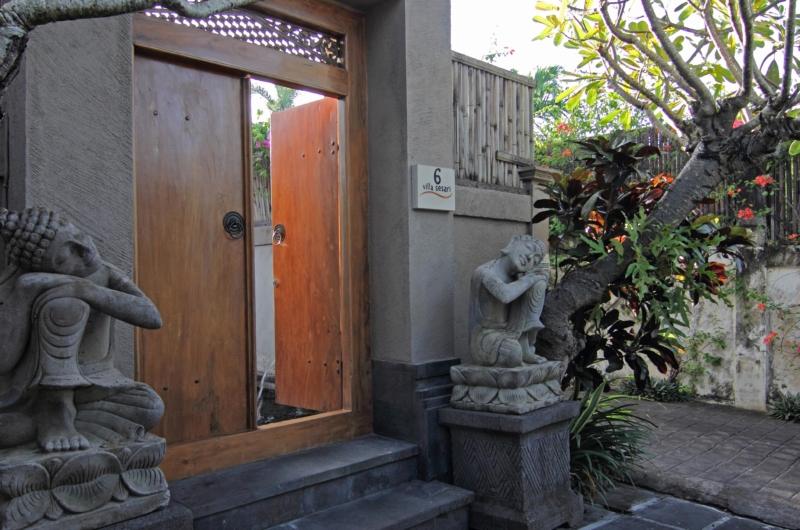 Entrance - Villa Sesari - Seminyak, Bali