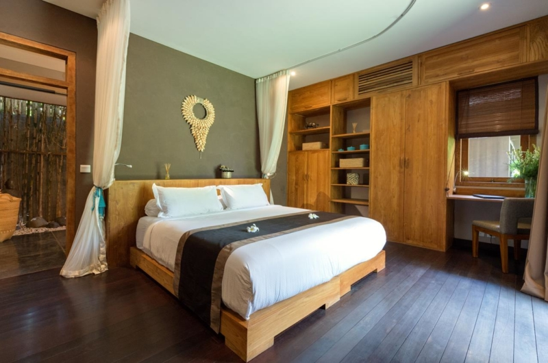 Bedroom with Wooden Floor - Villa Shambala - Seminyak, Bali