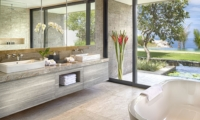 His and Hers Bathroom with Sea View - Sohamsa Ocean Estate - Ungasan, Bali