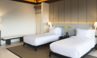 Twin Bedroom with Seating Area - Sohamsa Ocean Estate - Ungasan, Bali