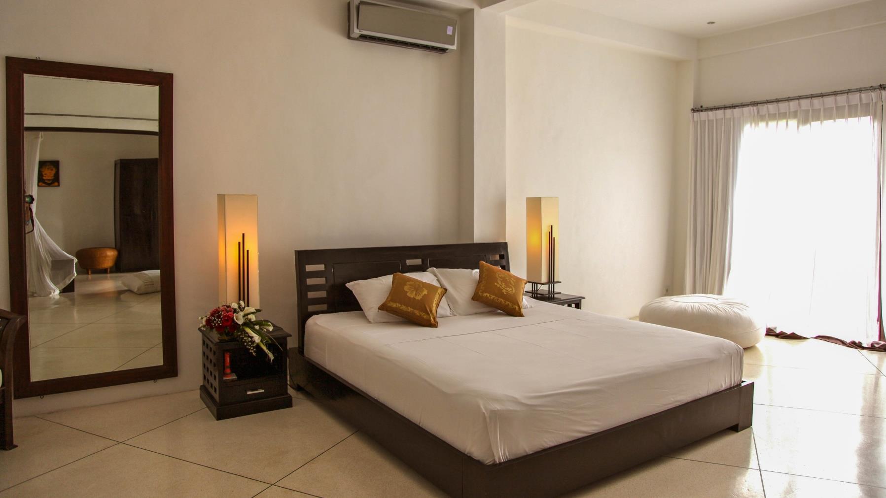 Bedroom with Mirror - Villa Sophia - Seminyak, Bali