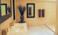 Bathroom - Villa Sophia - Seminyak, Bali