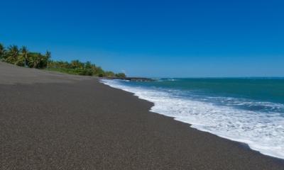 Beachfront - Villa Sungai Tinggi - Pererenan, Bali