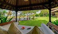 Pool Bale - Villa Sungai Tinggi - Pererenan, Bali