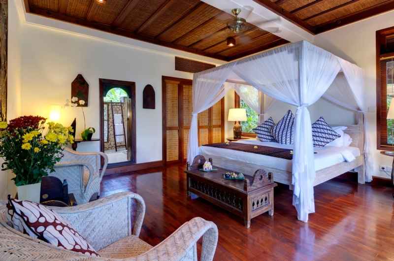 Bedroom with Wooden Floor - Villa Sungai Tinggi - Pererenan, Bali