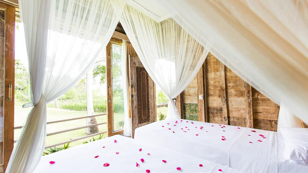 Twin Bedroom with View - Villa Sungai Tinggi - Pererenan, Bali