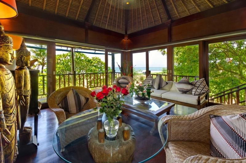 Indoor Living Area with Wooden Floor - Villa Sungai Tinggi - Pererenan, Bali