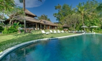 Pool Side Loungers - Villa Sungai Tinggi - Pererenan, Bali