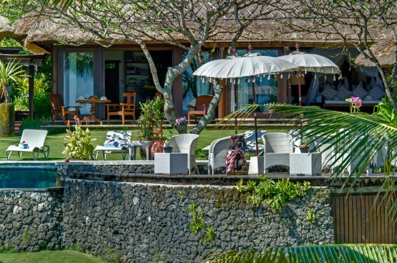 Outdoor Seating Area - Villa Sungai Tinggi - Pererenan, Bali
