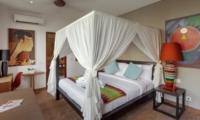 Four Poster Bed - Villa Tangram - Seminyak, Bali