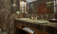 His and Hers Bathroom - Villa Tangram - Seminyak, Bali