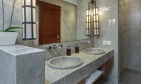 En-Suite His and Hers Bathroom with Mirror - Villa Tangram - Seminyak, Bali