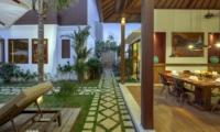 Dining Area with Garden View - Villa Tangram - Seminyak, Bali
