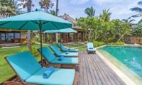 Sun Beds - Villa Tanju - Seseh, Bali