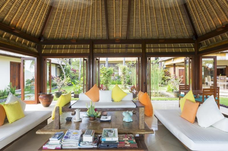 Indoor Living Area - Villa Tanju - Seseh, Bali