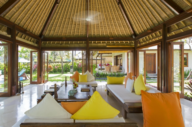 Living Area with Garden View - Villa Tanju - Seseh, Bali