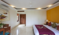 King Size Bed with Study Table - Villa Tanju - Seseh, Bali