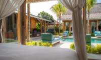 Bedroom with Outdoor View - Villa Taramille - Kerobokan, Bali