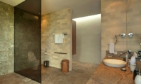 Bathroom with Mirror - Villa Teana - Jimbaran, Bali