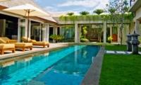 Swimming Pool - Villa Tenang - Batubelig, Bali