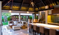 Living and Dining Area - Villa Tenang - Batubelig, Bali