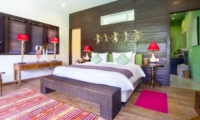 Bedroom with Table Lamps - Villa Theo - Umalas, Bali