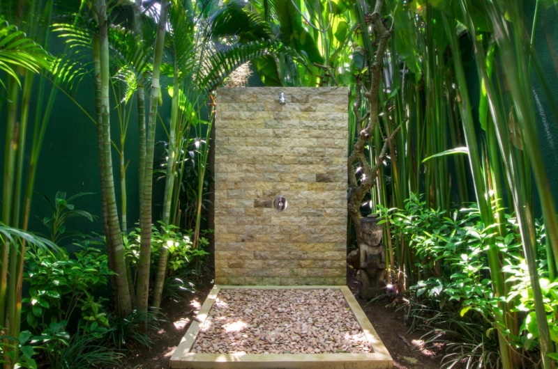 Outdoor Shower - Villa Theo - Umalas, Bali