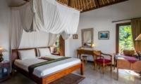 Bedroom with Study Table - Villa Tibu Indah - Canggu, Bali