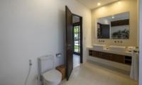 His and Hers Bathroom - Villa Tjitrap - Seminyak, Bali